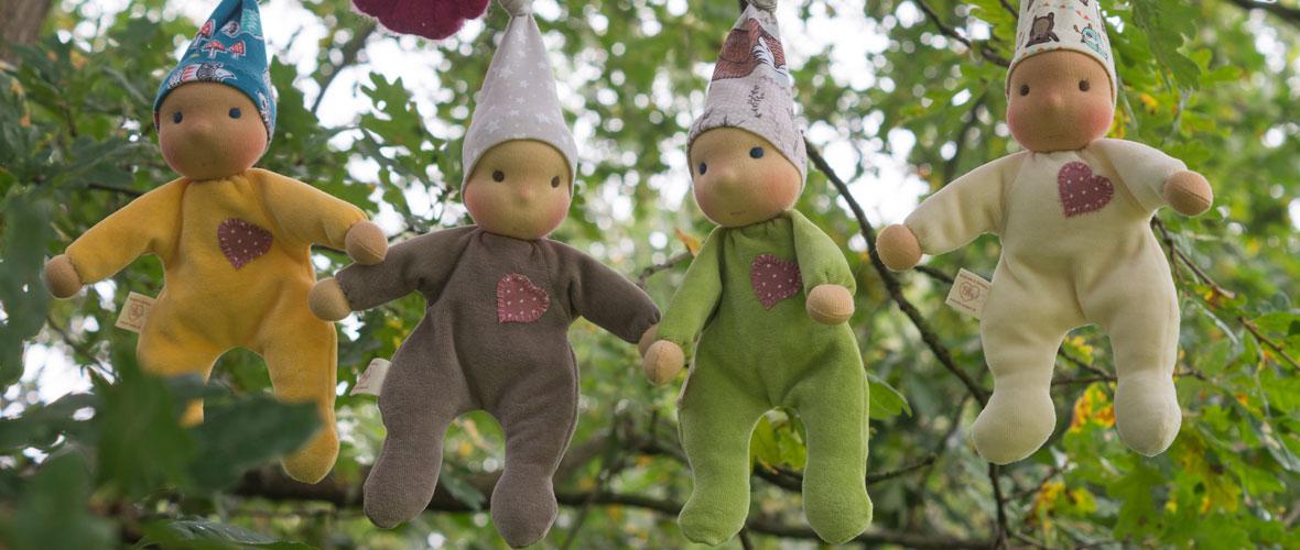 Erstlingspuppen für Babys aus weichem Nicki der Waldorfpuppe nachempfunden