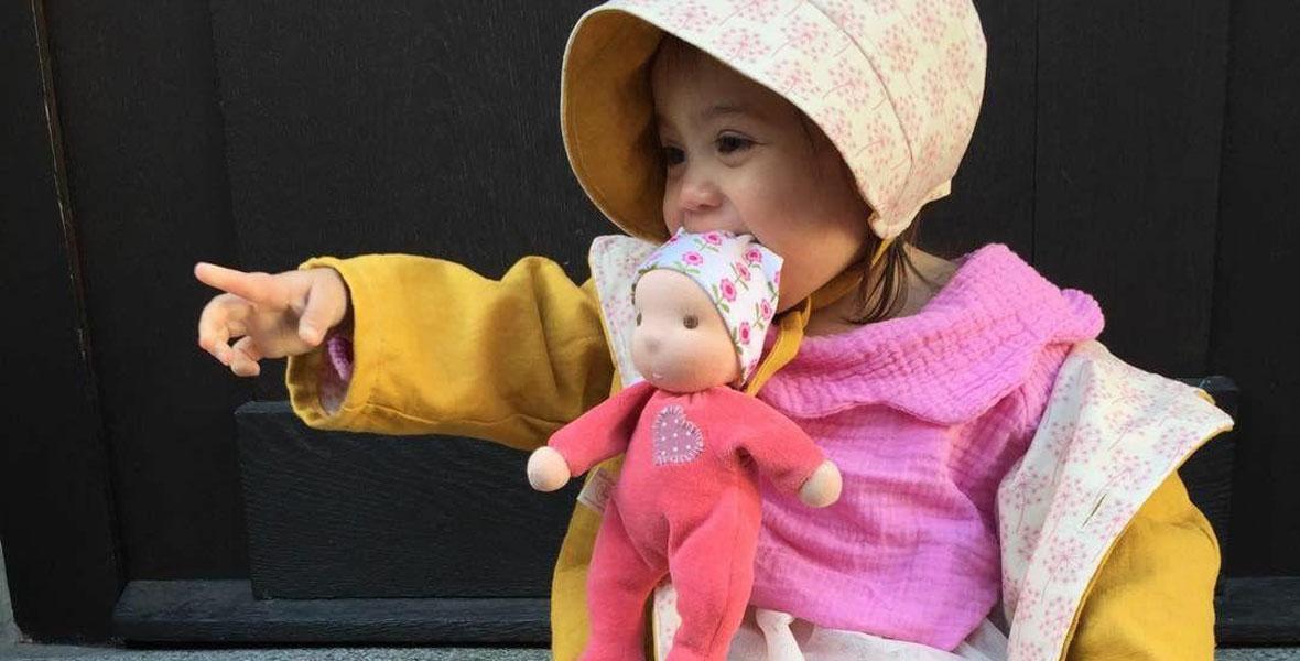Ellis Kuschelpuppen aus Nicki - Mädchen mit kleiner Nickipuppe